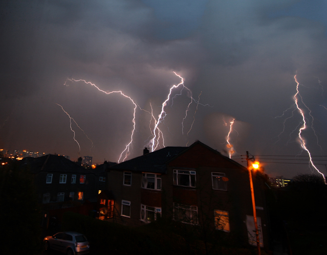 Tips to Protect Your Roof against Thunderstorms